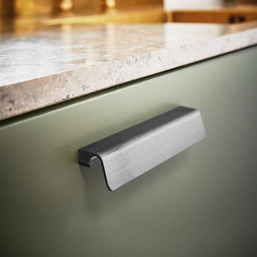handtag fringe profilhandtag beslagdesign mattborstad nickel matt