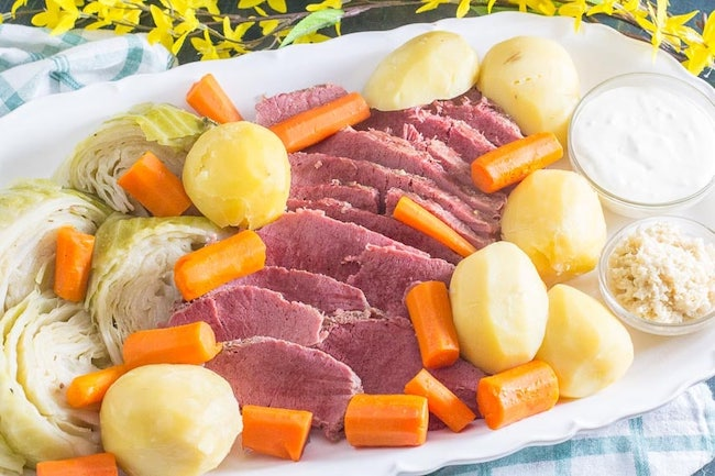 Low FODMAP Corned Beef & Cabbage Recipe by FODMAP Everyday