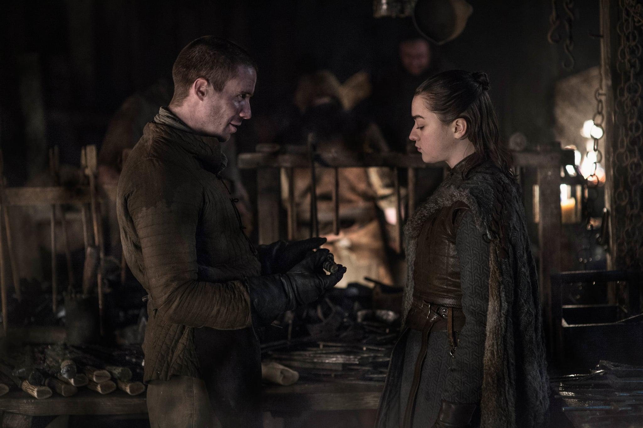 Arya Stark and Gendry Waters exchange pointers.