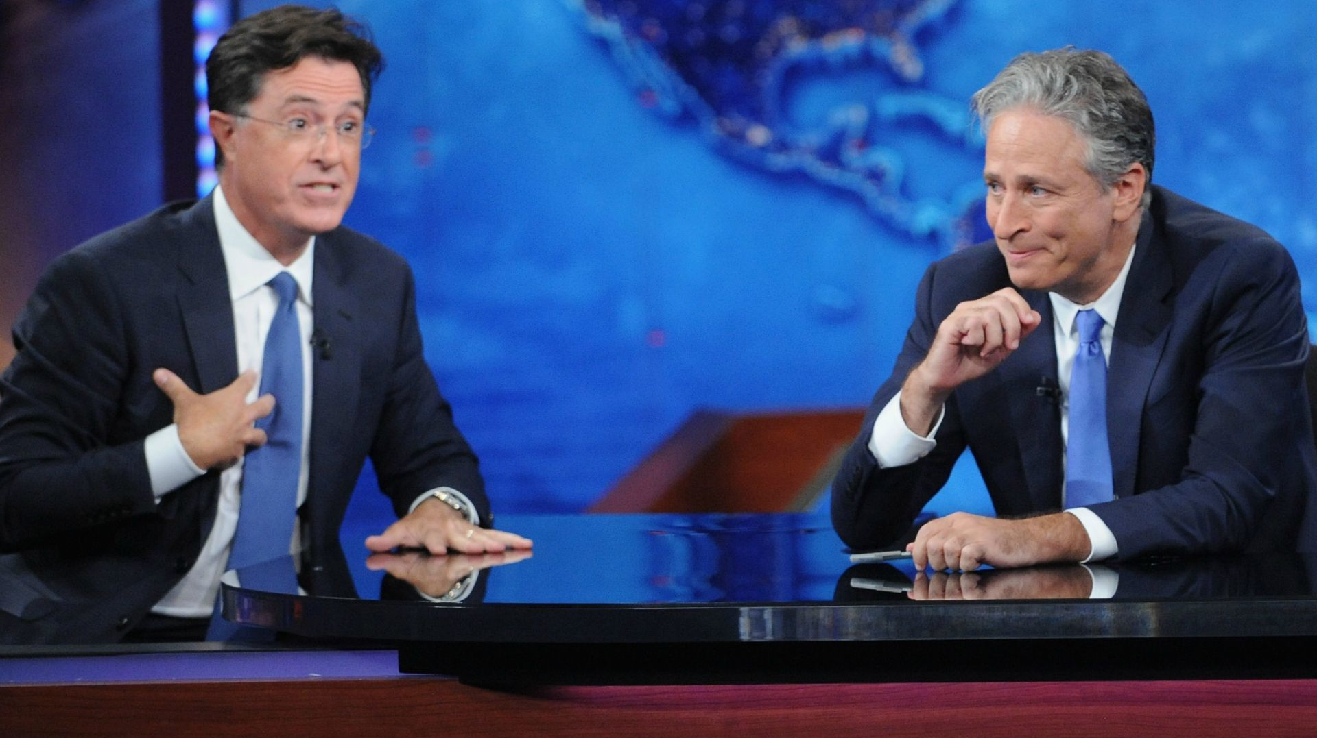 Jon Stewart and Stephen Colbert at the last episode of The Daily Show with Jon Stewart