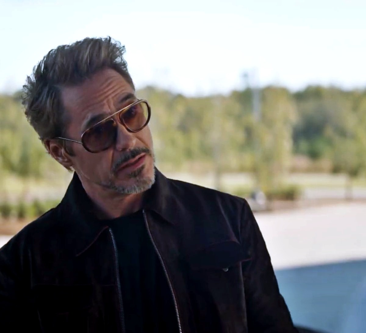 Robert Downey, Jr., notorious middle-aged silver fox