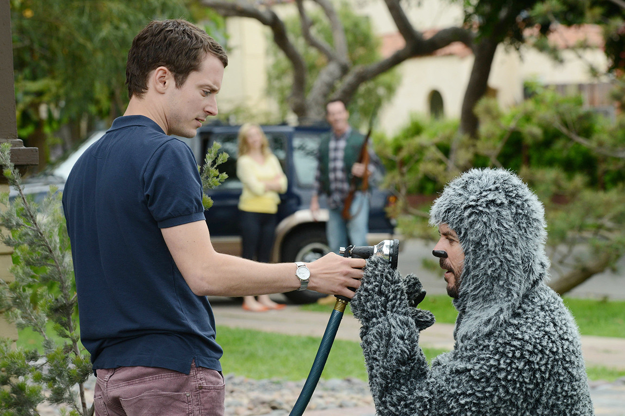 Wilfred and Ryan on the TV series.