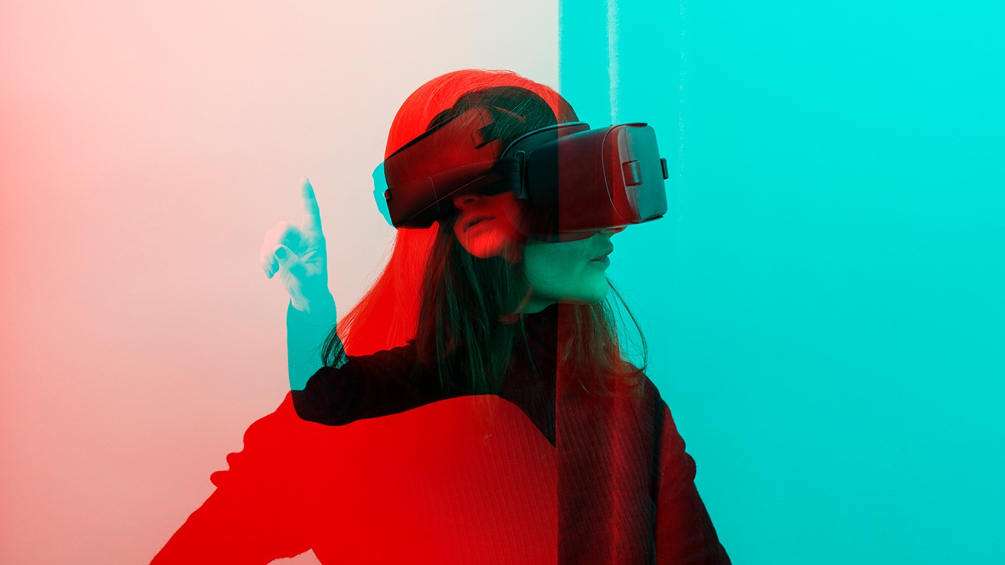 A three-dimensional photo of someone with a VR on.