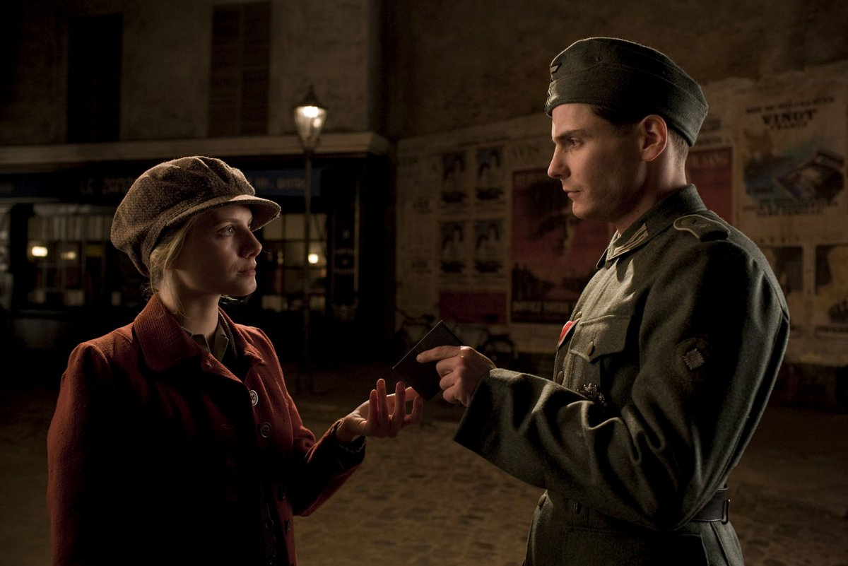 Shosanna giving her papers to Zollor in inglorious basterds.