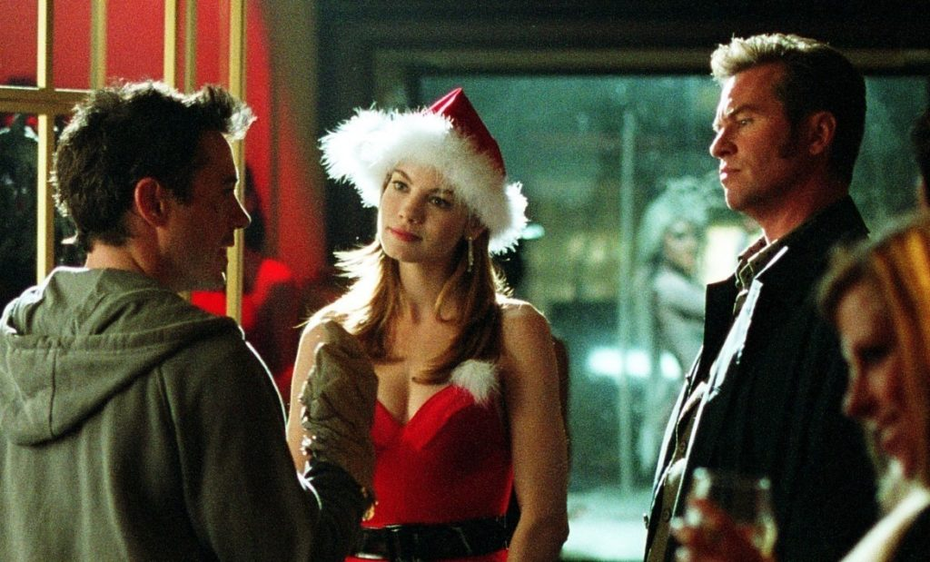 Robert Downey jr., Val Kilmer, and Michelle Monahan talk in Kiss Kiss Bang Bang.