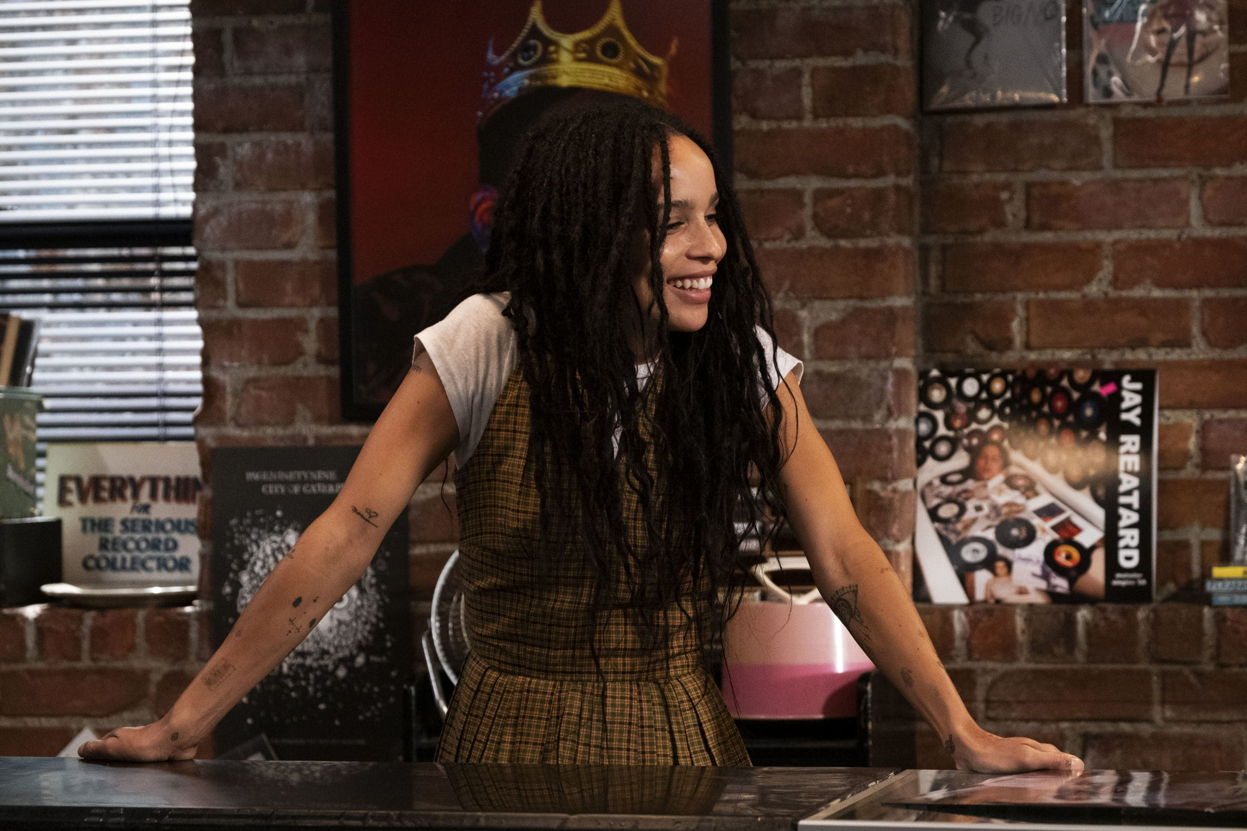 """High Fidelity -- """"Weird…But Warm"""" - Episode 106 -- When Liam returns from tour, Rob is caught between the fantasy of a night spent backstage as his date and the reality of what Clyde is offering – be it friendship or something more. Simon develops a crush. Cherise is inspired to pitch herself to Liam's manager. Robyn (Zoë Kravitz) and Clyde (Jake Lacy), shown. (Photo by: Phillip Caruso/Hulu)"""