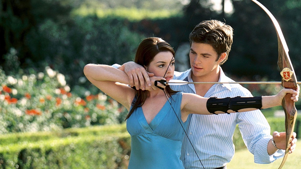 Anne Hathaway and Chris Pine in The Princess Diaries 2