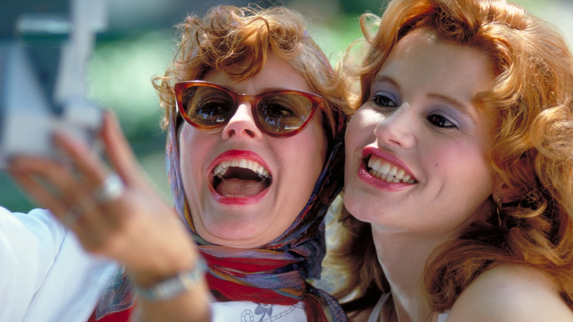 Thelma and Louise, the friendship gold standard take a selfie.