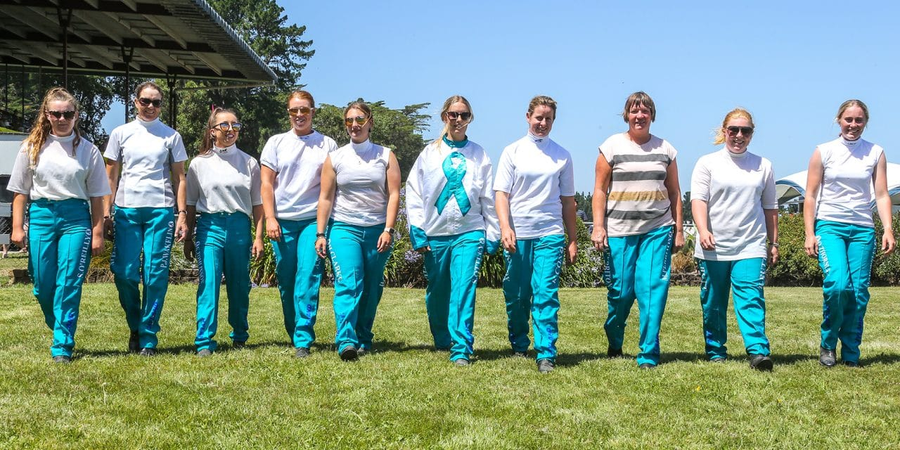 <i class='fa fa-info-circle red' aria-hidden='true'></i> Lady drivers descend on West Coast for Teal Pants campaign