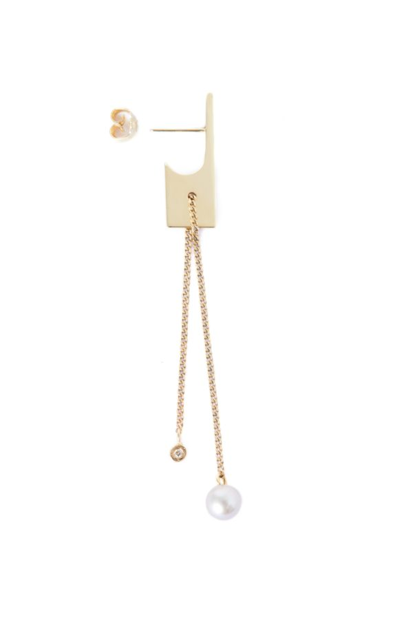 Vibe Harsløf Jewelry Earrings  Gold SS18Gold earrings with freshwater pearl