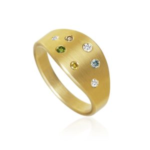 Dulong Fine Jewelry Rings  LunaLuna ring with diamonds