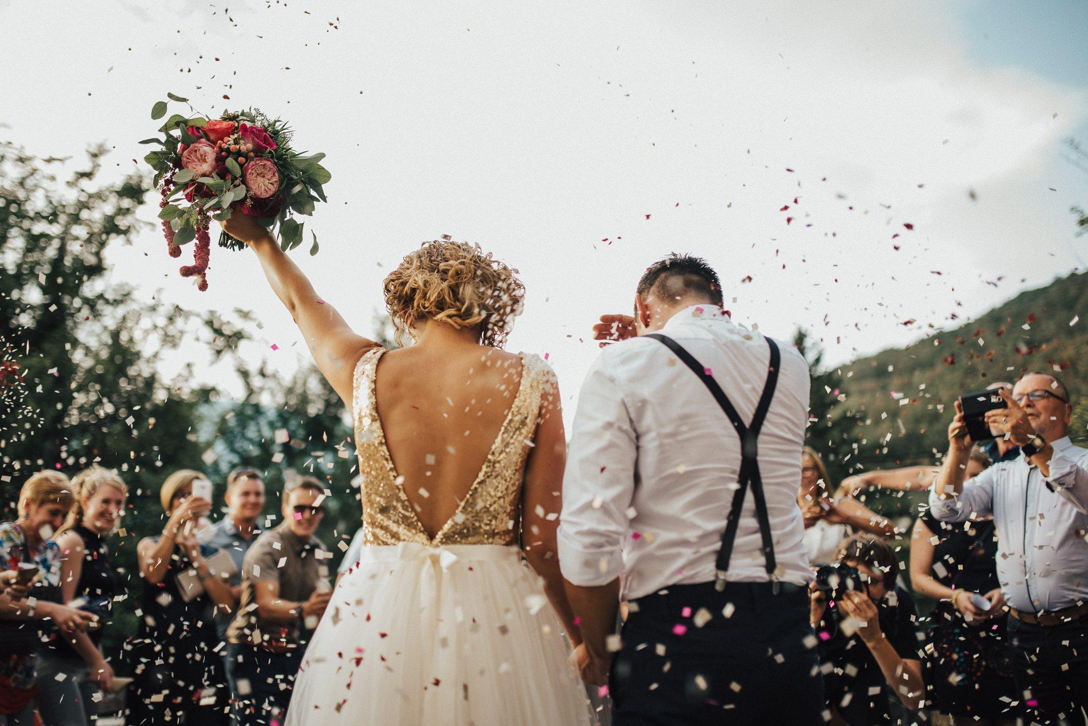 Maried-couple-wedding-season