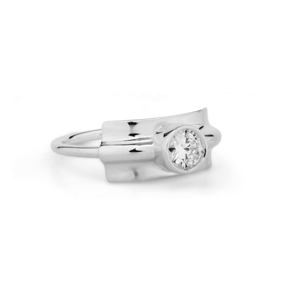 Josina Rings  FoldedFolded ring in whitegold