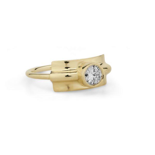 Josina Rings  FoldedFolded ring in gold