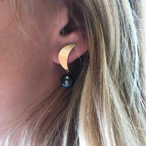 Dulong Fine Jewelry Earrings  LunaLuna earrings with tahitian pearls