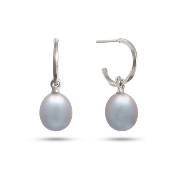 Carré Jewellery Earrings  THE TWISTPearl Earrings