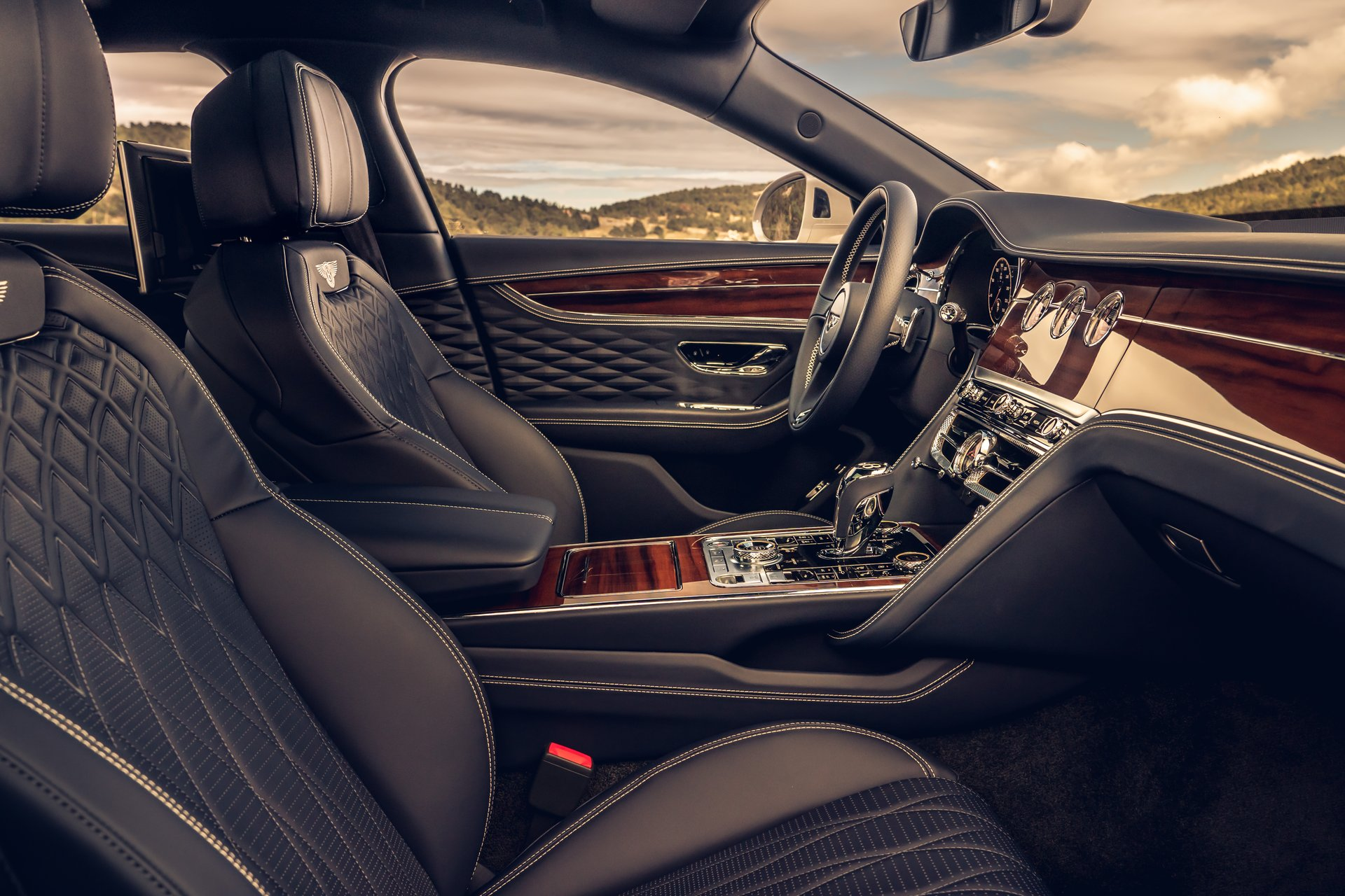 Bentley Launches Blackline Specification For All New Flying Spur Watch I Love