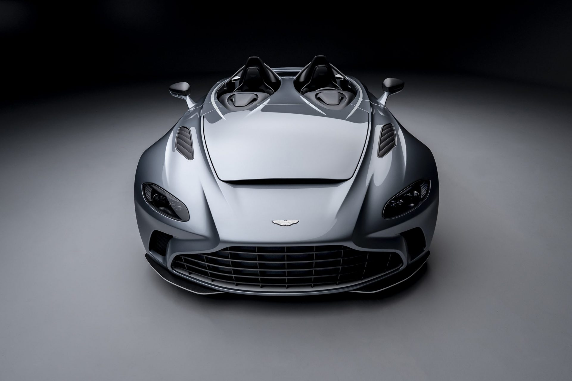 Aston Martin V12 Speedster A Puristic Limited Edition For The Most Demanding Drivers Watch I Love