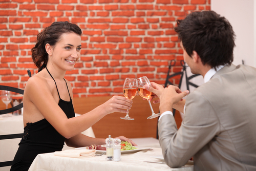 Mindful Dating for Uplifting Love! 4 Surefire Ways To Be More Confident On Your First Date