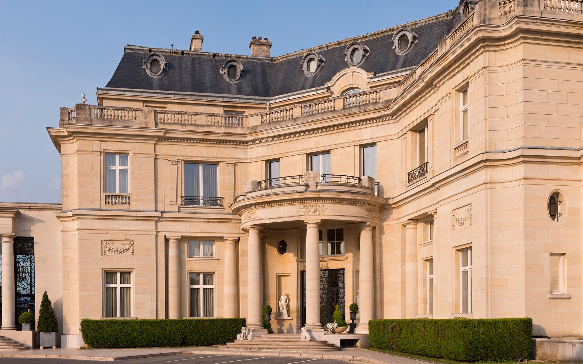 Chateau Mont Royal France Retreat