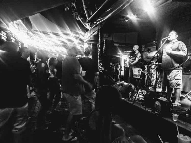 Mellencougar Live at Niko's