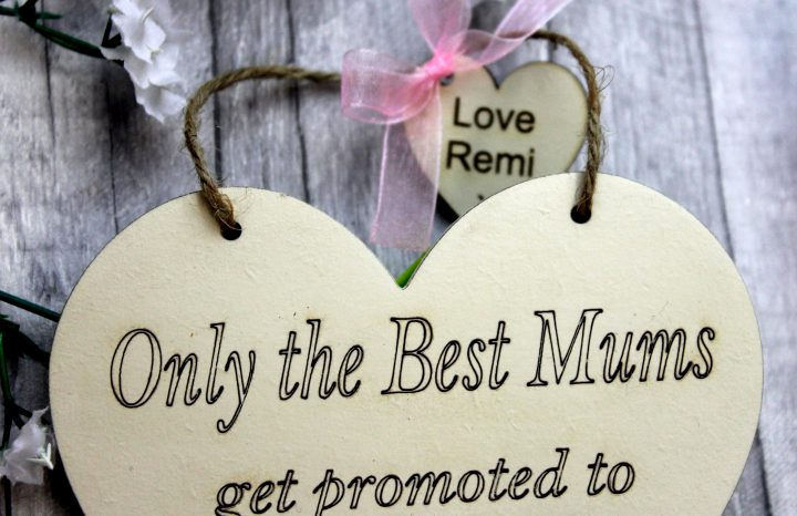 Only the Best Grandma Personalised heart