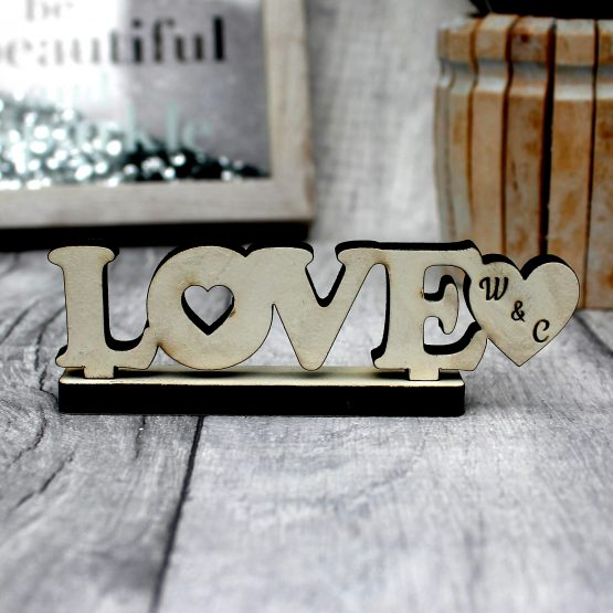 love sign gift