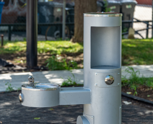 Tubular drinking water fountain at Riverside State Park
