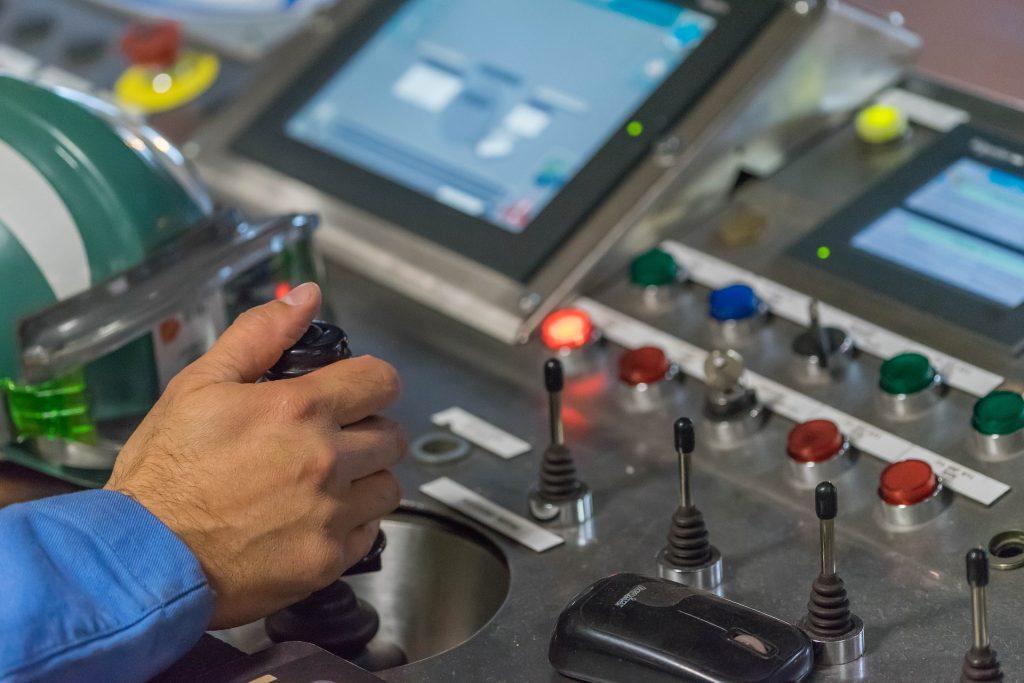 Chile debe preocuparse por incorporar la automatización de procesos a la capacidad de trabajadores y estudiantes.