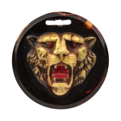 lion pendant button