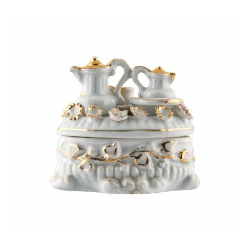 Fairing Porcelain Box