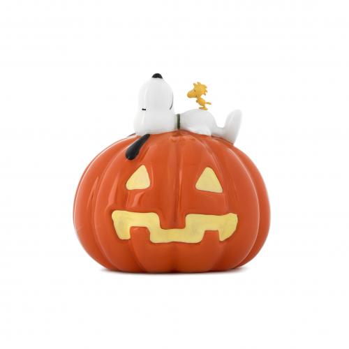 Snoopy's Pumpkin Figurine