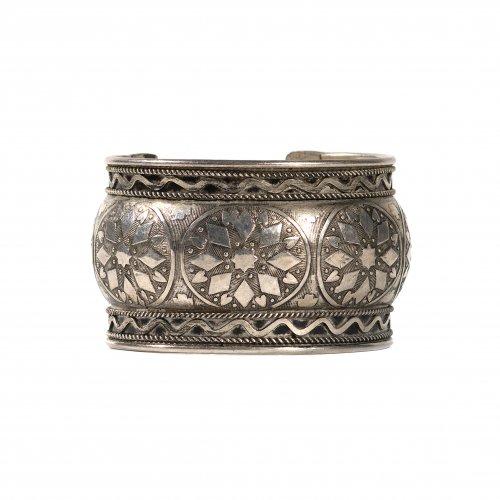 poker cuff bracelet