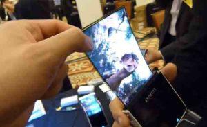 Ohebný OLED displej Samsung z CES2011, androiduj