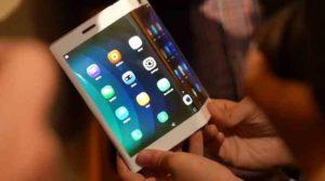 Lenovo představuje ve videu ohebná zařízení, Moto Mods a více. IFA video