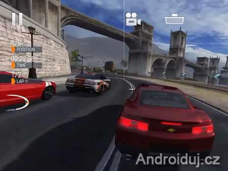 Android hra ke stažení Gear.Club závodní hra