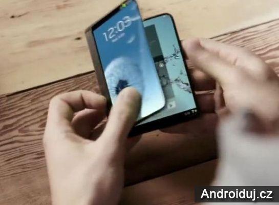 Skladaci telefon Samsung