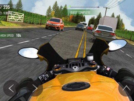 Moto Traffic Race 2 závodní hra