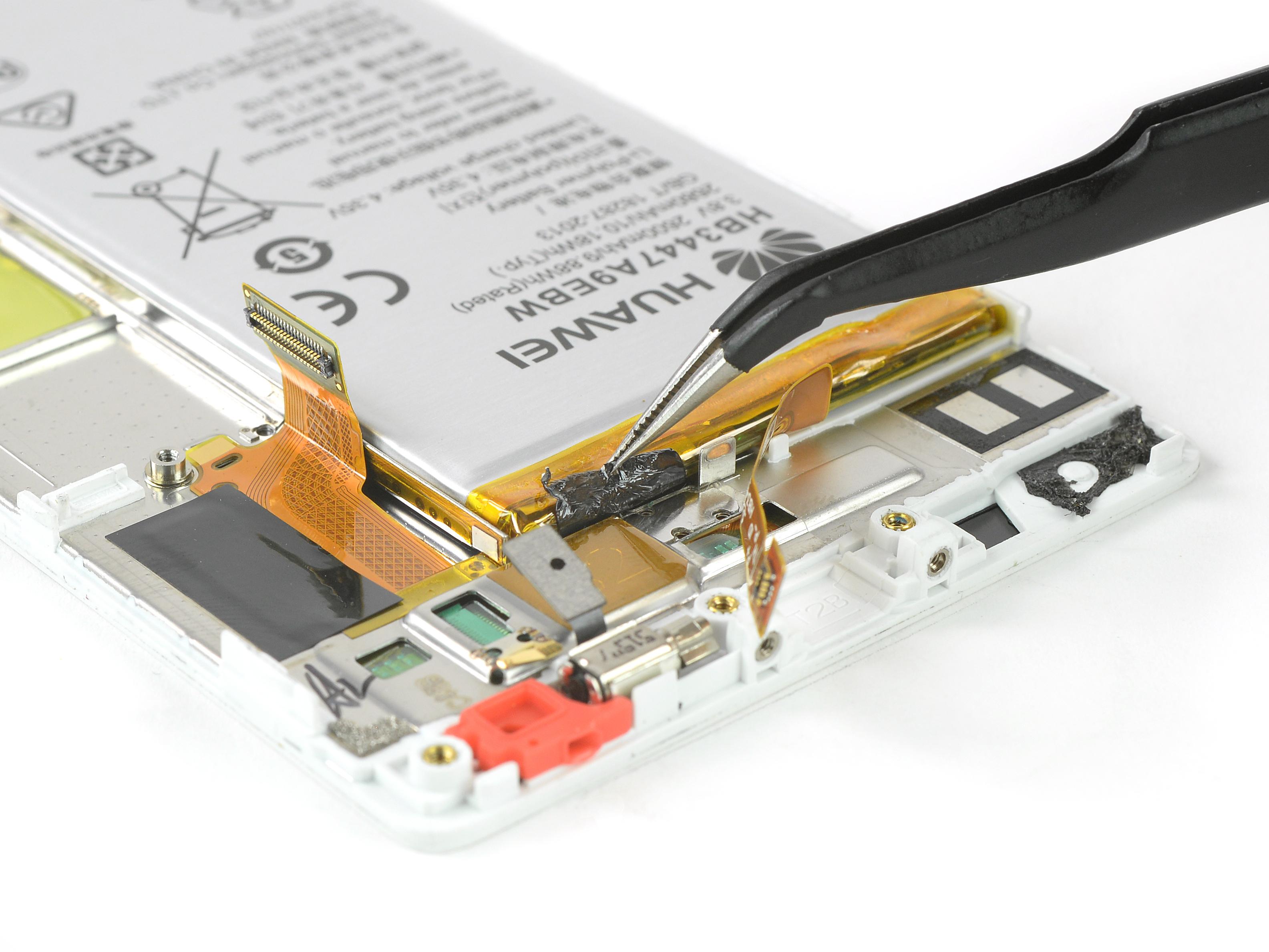 Jak na výměnu baterie u Huawei P8   novinky