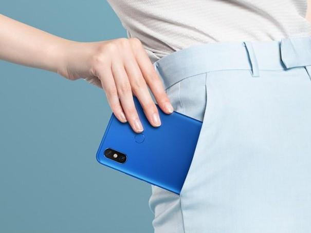 Xiaomi Mi Max 3 dorazí se 6.9 displejem a 5500 mAh baterií   novinky