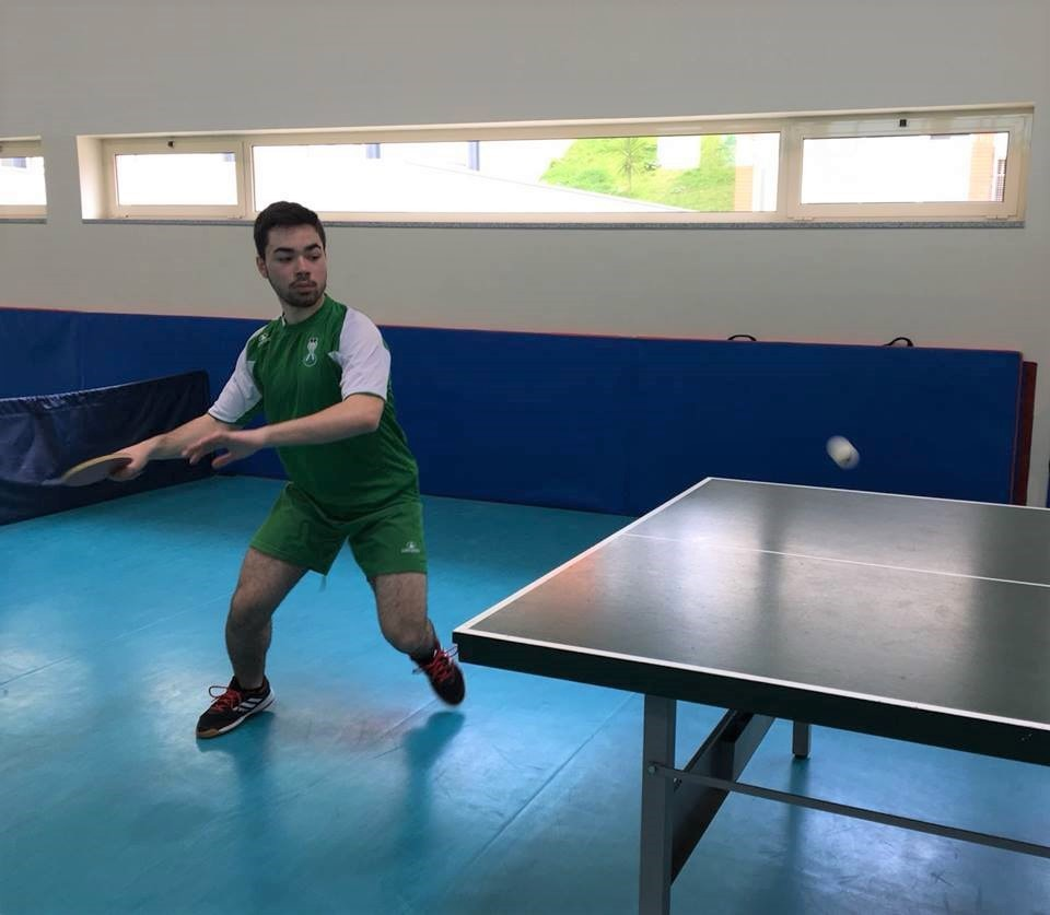 ALUNO DA ESCOLA SECUNDÁRIA DE VILA VERDELuís Filipe nos Campeonatos nacionais de ténis de mesa