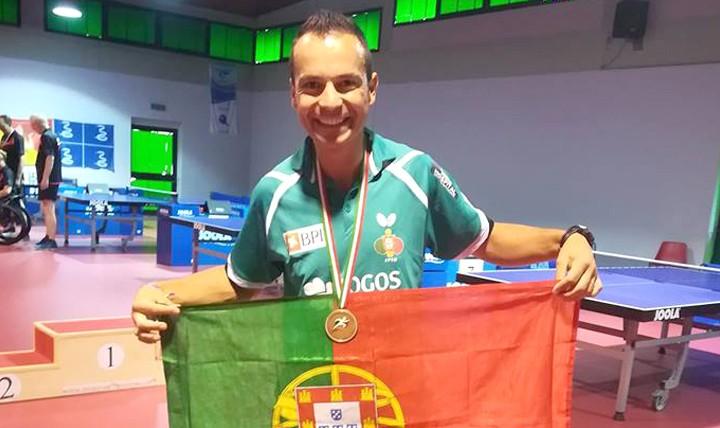 Ricardo Cunha conquista medalha de bronze em ténis de mesa