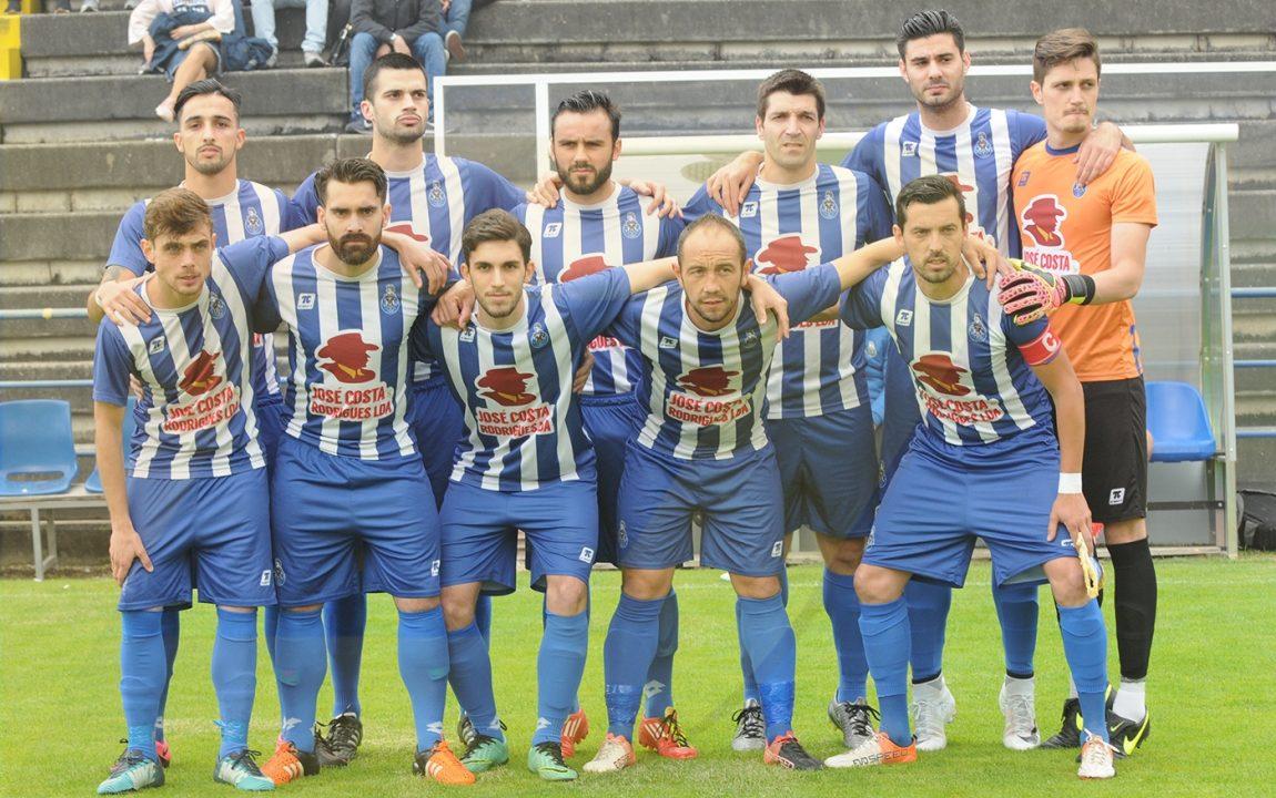 FC Amares renova com 10 jogadores
