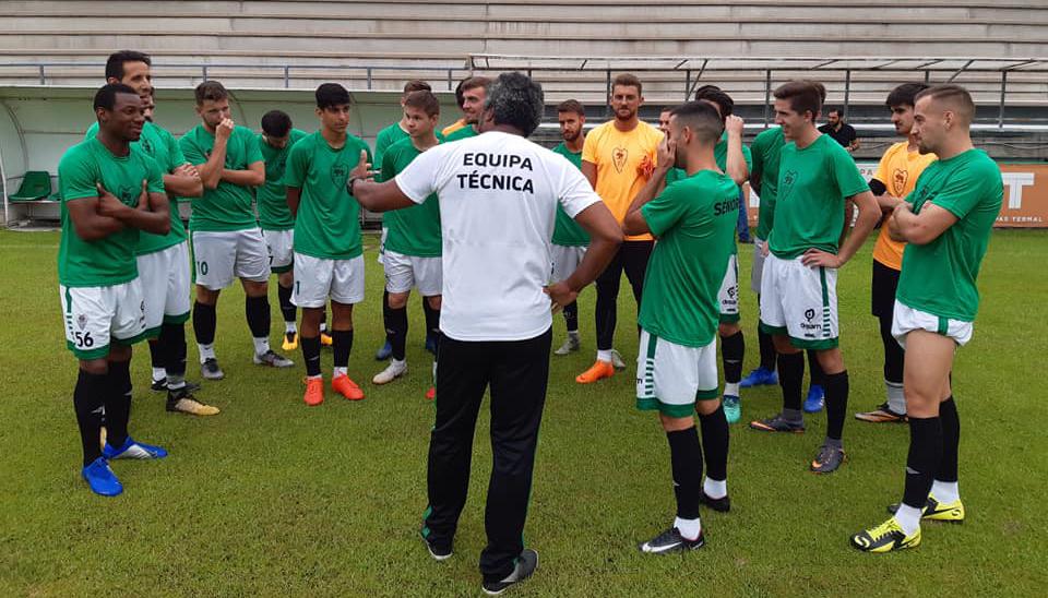 CC Taipas arrancou trabalhos com 13 jogadores