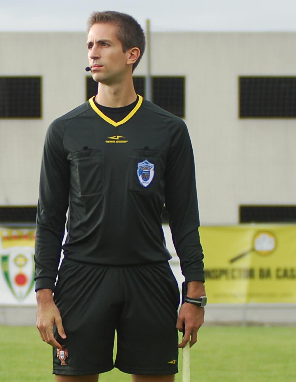 Árbitros. Tiago Martins dirige o R. Neiva- Alvelos