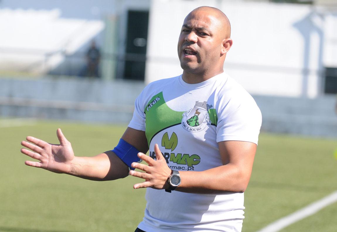 Renato Silva respondeu a Miguel Rodrigues