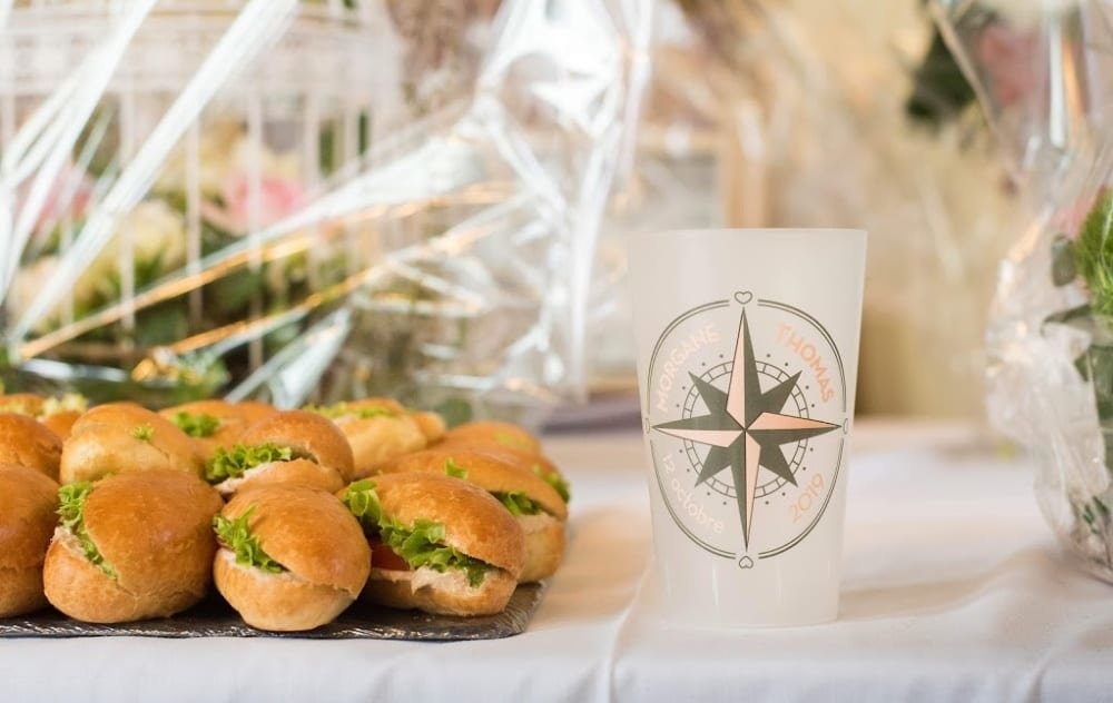 buffet traiteur mariage avec gobelet