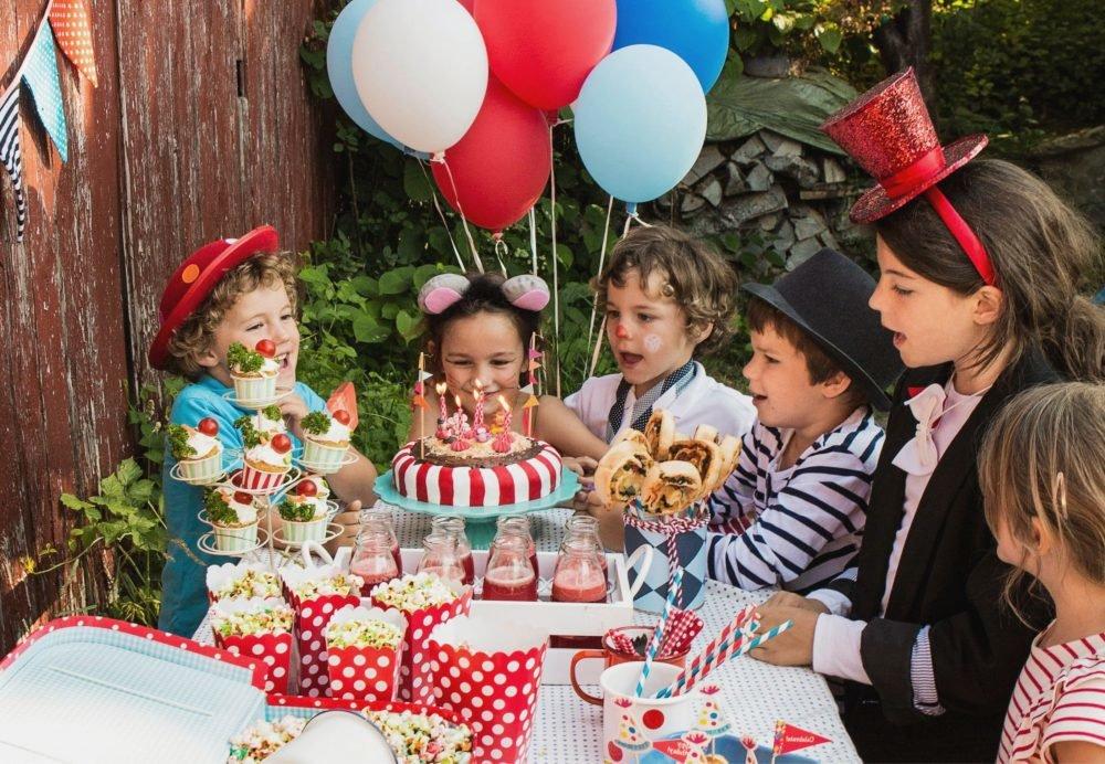 gouter d anniversaire enfant sur le theme du cirque