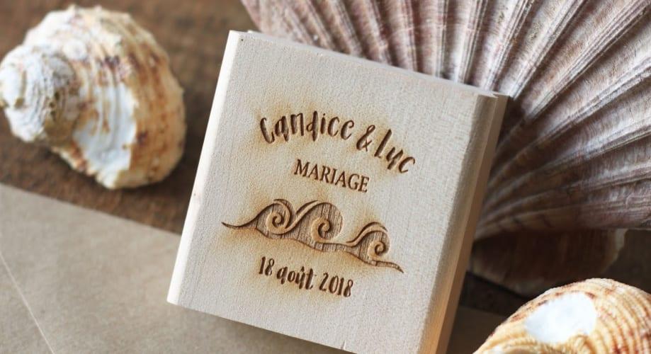 Un tampon encreur à offrir à vos invités pour un mariage sur le thème marin.