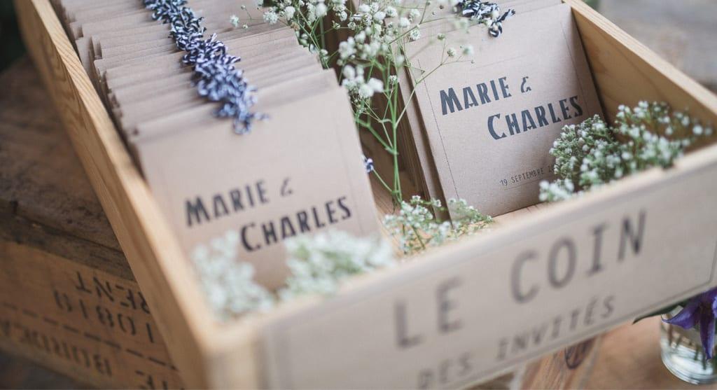 Idée cadeau pour les invités d'un mariage : des graines à planter.